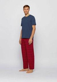 BOSS - Pyjamas - open red - 3