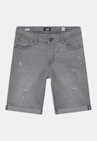 Jack & Jones Junior - JJIRICK JJORIGINAL AGI - Shorts - grey denim - 0