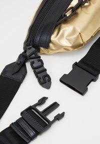 Just Cavalli - Bum bag - oro - 3