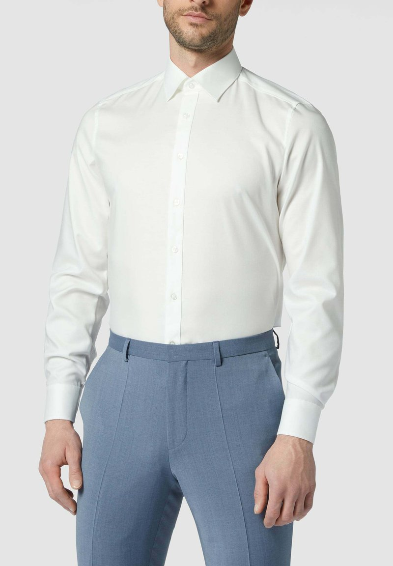 OLYMP Level Five - SLIM FIT BUSINESS AUS TWILL - Formal shirt - ecru