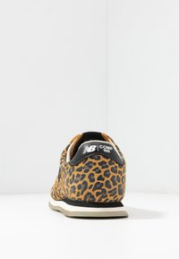 New Balance - WLC10 - Trainers - brown - 5