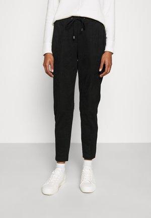 JOGGER PULL - Trousers - black