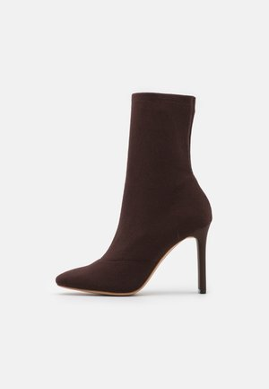 DELYLAH - High heeled ankle boots - dark brown