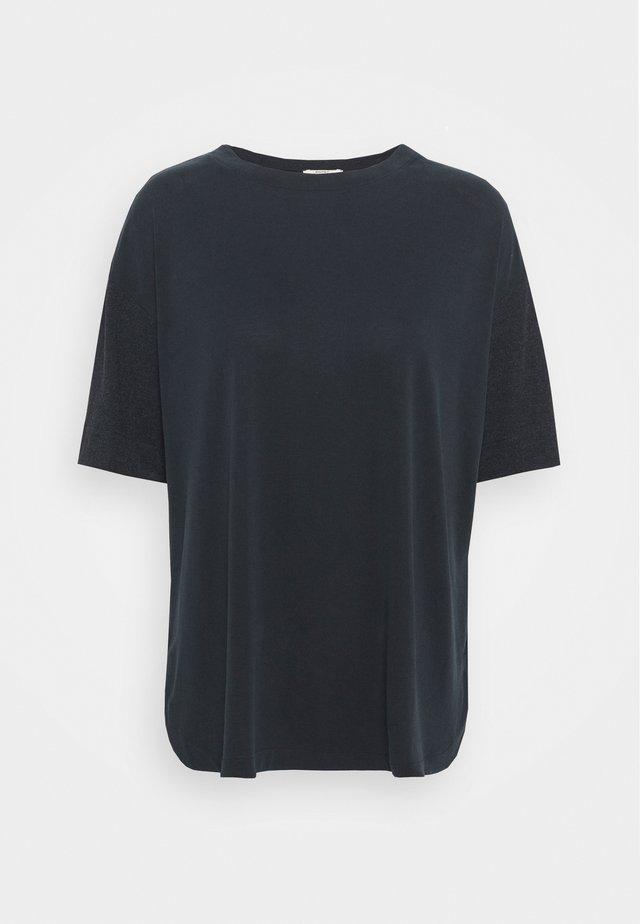 ECOV TEE - Print T-shirt - black