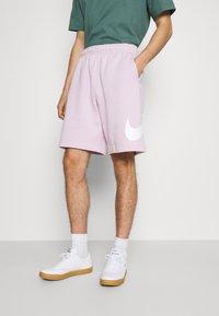 Nike Sportswear - CLUB - Shorts - iced lilac - 0
