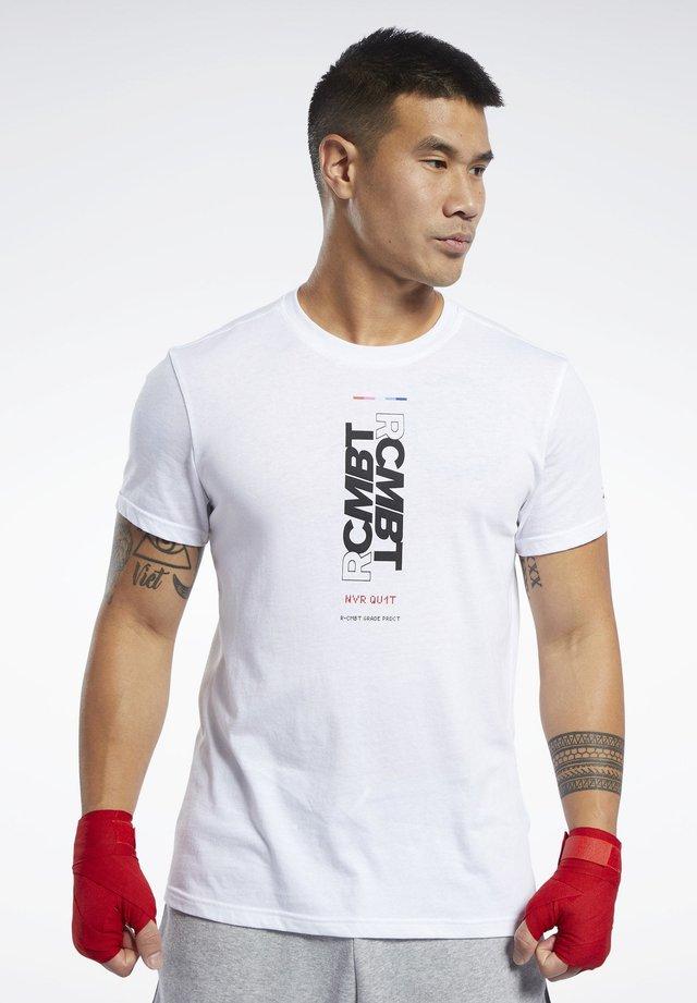 COMBAT WORDMARK TEE - T-shirt imprimé - white