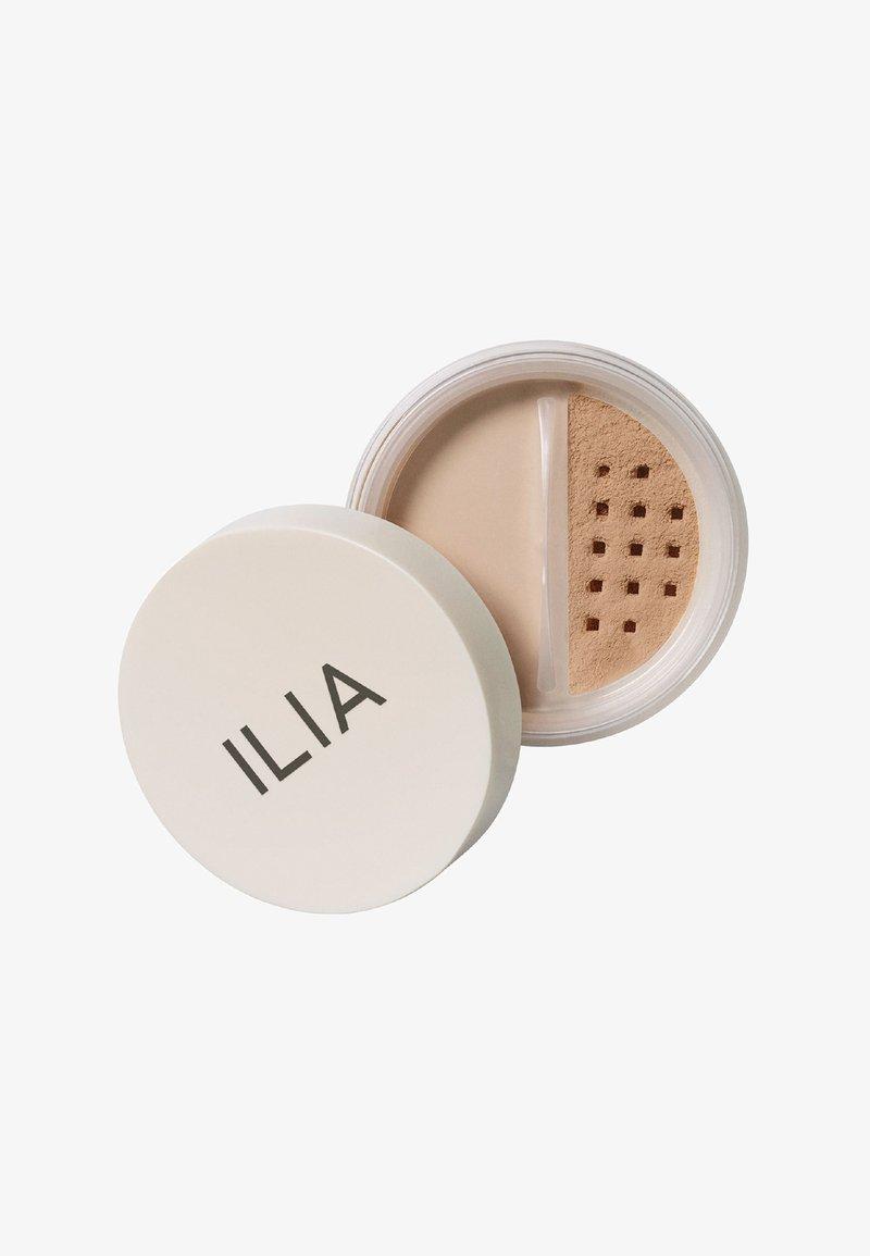 ILIA Beauty - RADIANT TRANSLUCENT POWDER - Powder - waikiki run