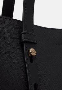 MICHAEL Michael Kors - TOTE - Handbag - black - 5