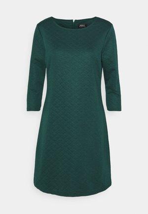 ONLJOYCE DRESS - Jersey dress - ponderosa pine