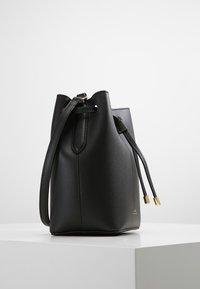 Lauren Ralph Lauren - SUPER SMOOTH DEBBY - Across body bag - black/crimson - 3