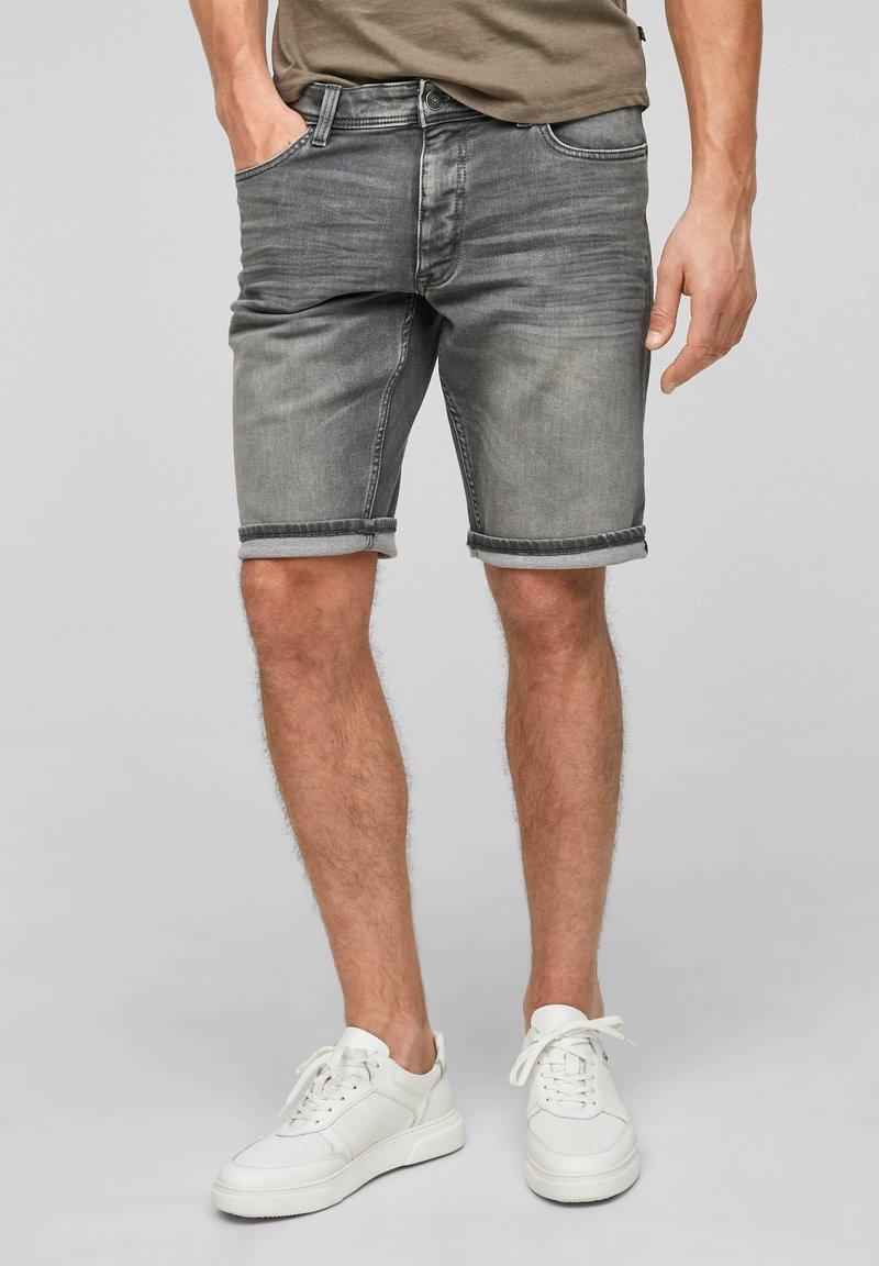 Q/S designed by - Denim shorts - grey