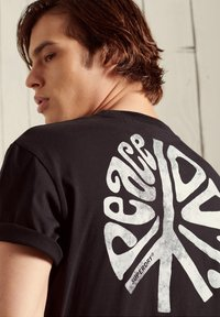 Superdry - MILITARY NON BRANDED GRAPHIC  - T-Shirt basic - black - 2