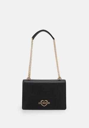 COLOUR BLOCK ON SIDE SHOULDER - Handbag - black
