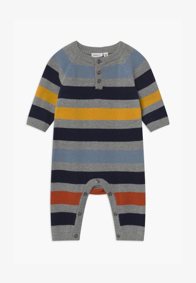 NBMNUTAT BABY - Jumpsuit - grey