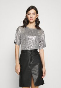 Gina Tricot - RUDY SEQUINS - Bluser - silver - 0