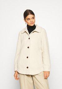 Vero Moda - VMZAPPA JACKET - Winter jacket - oatmeal - 0