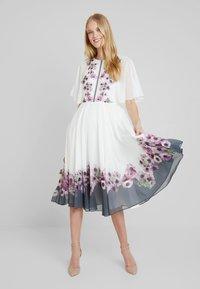Ted Baker - BEGONI - Cocktail dress / Party dress - ivory - 2