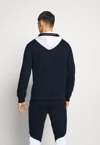 CLOSURE London - CONTRAST HOOD WITH TAPING - Kapuzenpullover - navy - 2