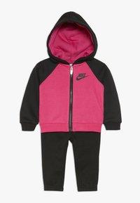 Nike Sportswear - BABY SET - Chándal - black - 0