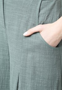 Madam-T - Pantalon classique - grün - 5
