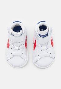 Converse - PRO BIRTH OF FLIGHT UNISEX - Sneakers hoog - white/rush blue/university red - 3