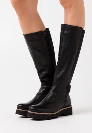 VIOLA - Platform boots - black