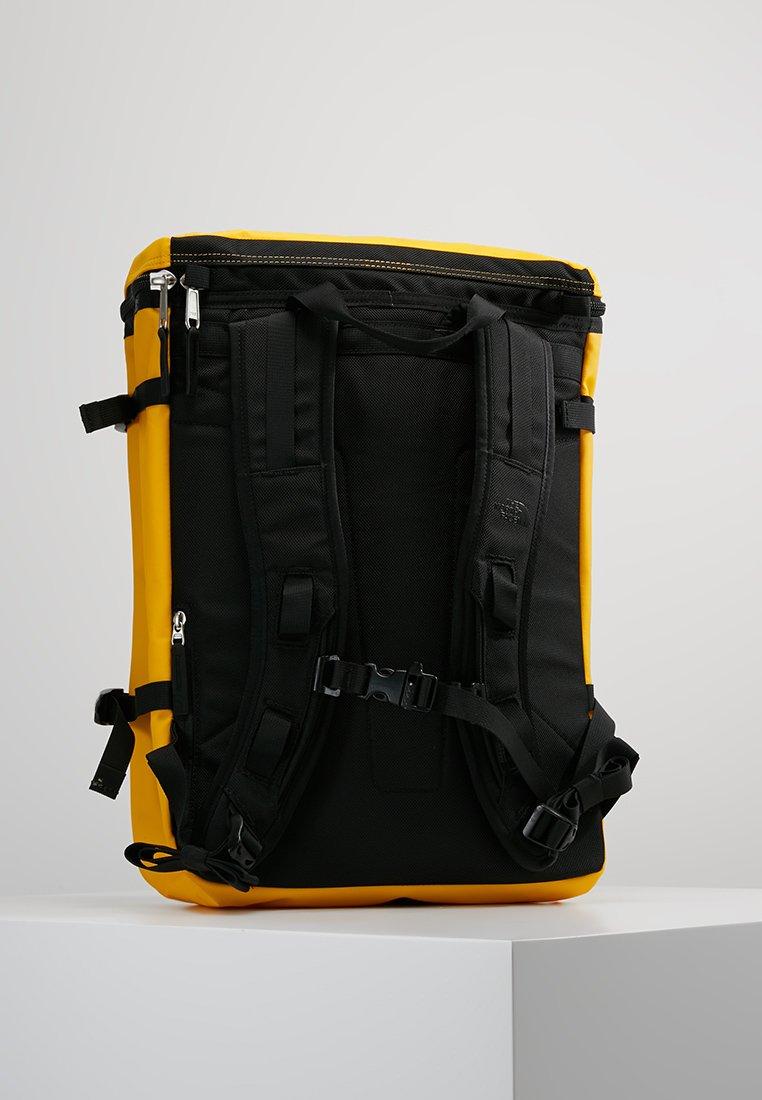 The North Face BASE CAMP FUSEBOX - Tagesrucksack - yellow/gelb - Herrentaschen u7KJj