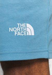 The North Face - MENS GRAPHIC SHORT  - Träningsshorts - niagara blue - 4