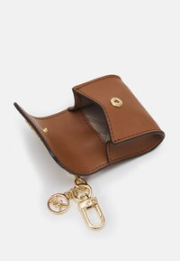 MICHAEL Michael Kors - TRAVEL ACCESSORIES CLIPCASE FOR AIRPODS - Avainkotelo - brown - 2