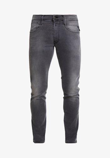 ANBASS HYPERFLEX - Slim fit -farkut - light grey