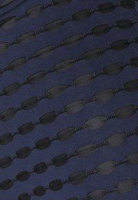 Libertine-Libertine - DRONE TROUSER - Trousers - blue - 2