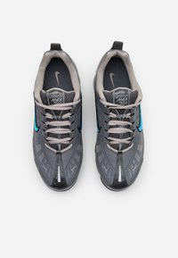 Nike Sportswear - AIR VAPORMAX 360 - Zapatillas - iron grey/enigma stone/metallic cool grey/black/anthracite - 5