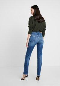 Replay - NENEH - Slim fit jeans - medium blue - 2