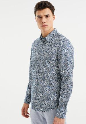 SLIM FIT MET BLADERENDESSIN - Shirt - dark blue