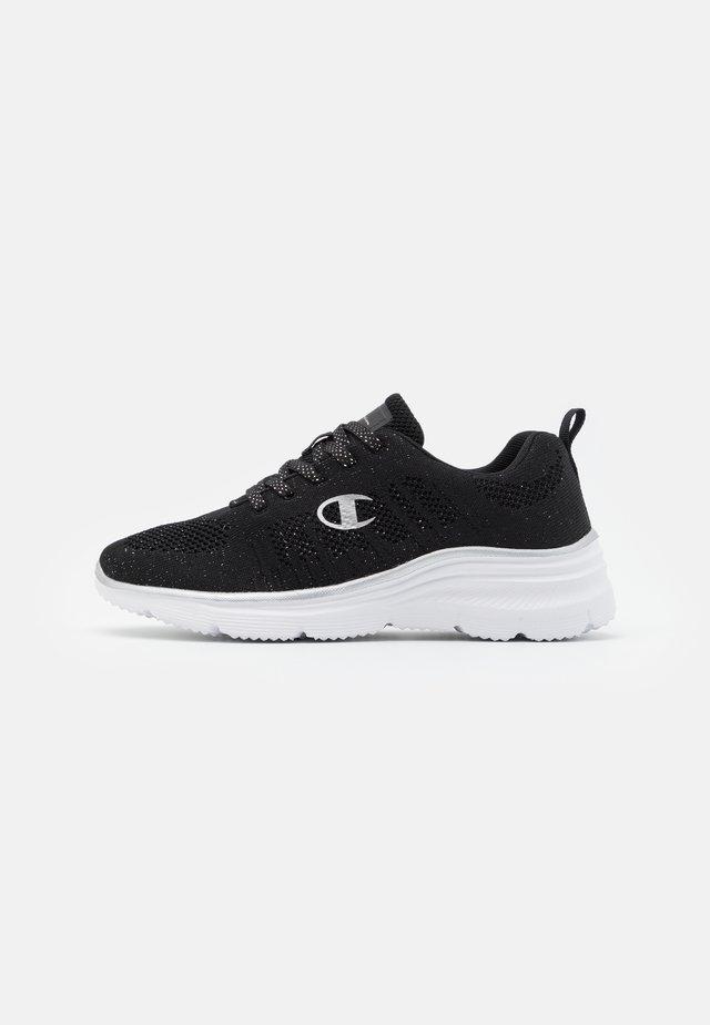 LOW CUT SHOE CHERIE 2 - Neutrální běžecké boty - new black
