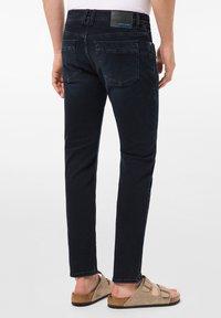 Pierre Cardin - LYON - Jeans Tapered Fit - dark blue - 2
