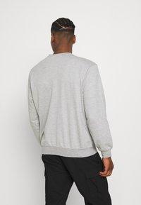 Mennace - Sweatshirt - light grey - 2
