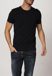 Filippa K - TEE - Basic T-shirt - navy - 1