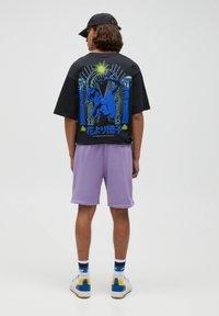 PULL&BEAR - Shorts - purple - 2