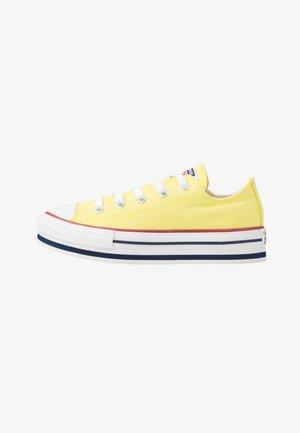 CHUCK TAYLOR ALL STAR PLATFORM EVA - Sneakers - zinc yellow/white