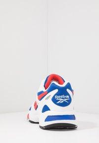 Reebok Classic - AZTREK 96 - Tenisky - white/humble blue/radiant red - 3