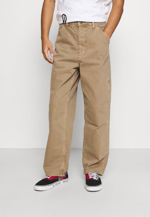 CARPENTER JEAN - Jeans a sigaretta - caramel