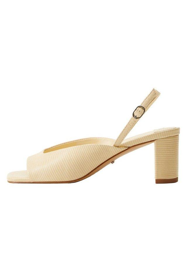 Peep toes - ecru