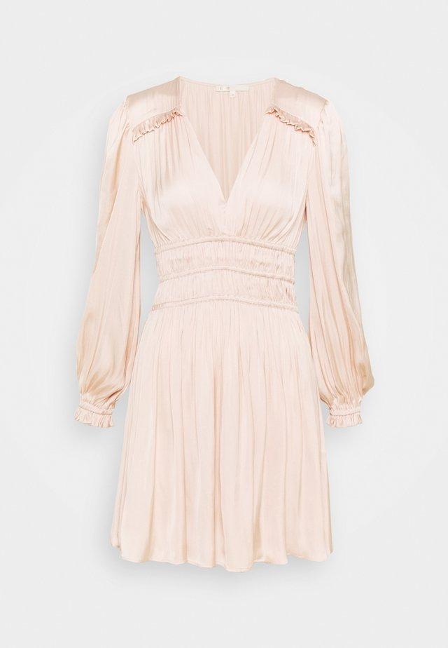 RIANNE - Korte jurk - nude