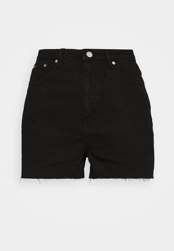 RIOT RAW HEM MOM - Denim shorts - black