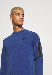 Nike Sportswear - Mikina - deep royal blue/black - 3