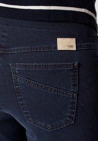 BRAX - STYLE PAMINA - Slim fit jeans - dark blue - 4