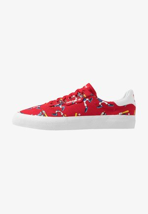 3MC X DISNEY GOOFY - Baskets basses - scarlet/footwear white/collegiate royal