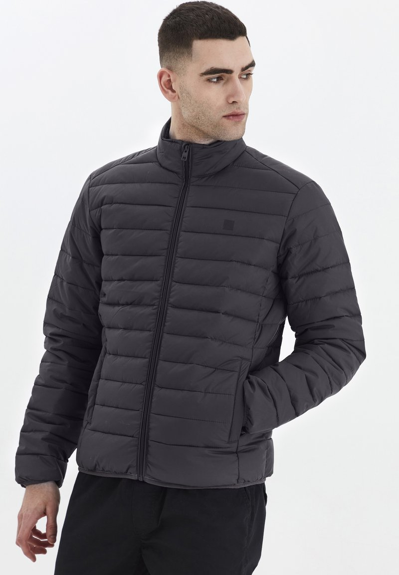 Solid - Light jacket - forged iron
