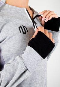 MOROTAI - T-shirt sportiva - light grey - 5
